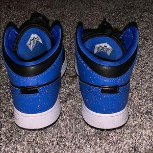 Air Jordan Retro 1 - Mid